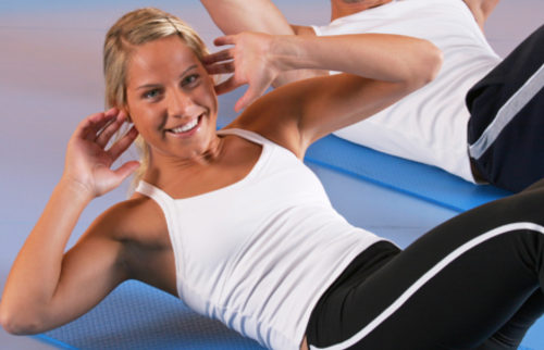 Situps_iStock_000005283708500_332_Sixpack