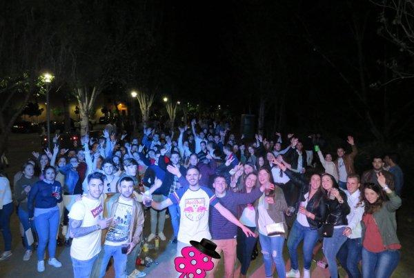 Zona Joven Feria De Abril De Doña Mencía de 2017