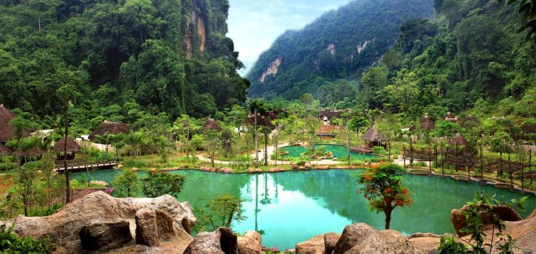 008782-01-Banjaran-general_view_freeform-pool-mountain-view