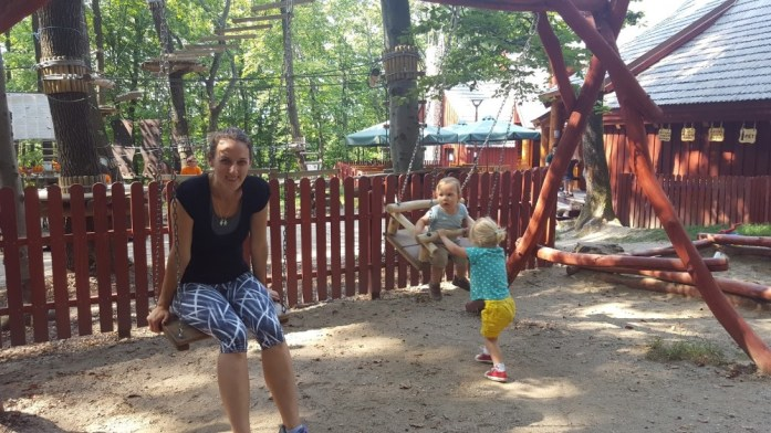Aventuri in cinci Plimbarea pe biciclete la Adrenalin Park Cluj 01