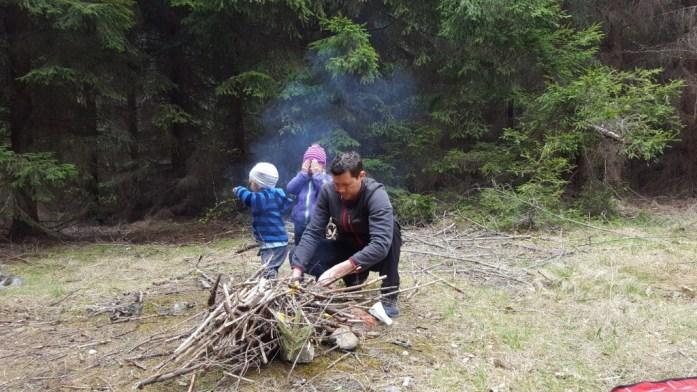 Aventuri in cinci Picnic la Casele Micesti_4