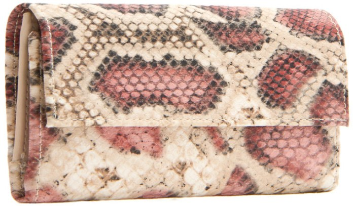 Faux snakeskin animal texture wallet magnetic closer