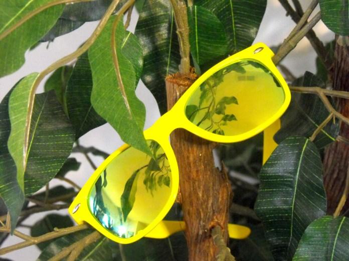 mirrored lens sunglasses yellow frame aviator style