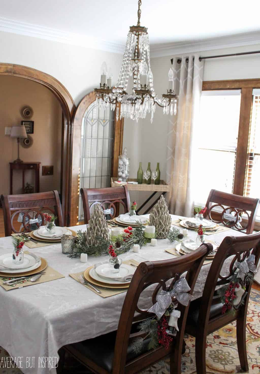 5 Tips for Decorating the Dining Room for Christmas on Room Decorations  id=49154