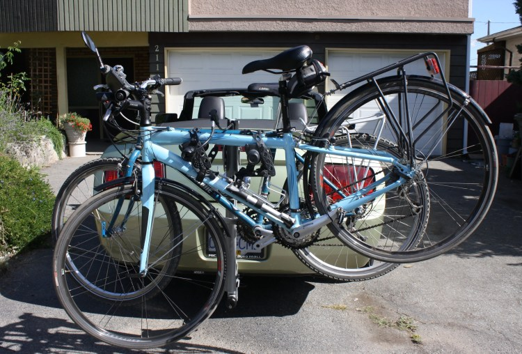Two bikes on the Thule Helium Bike Rack – neat, tidy and secure