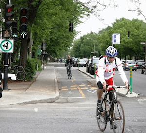 A Montreal street: traffic signals for bikes = enhanced clarity and safety for all