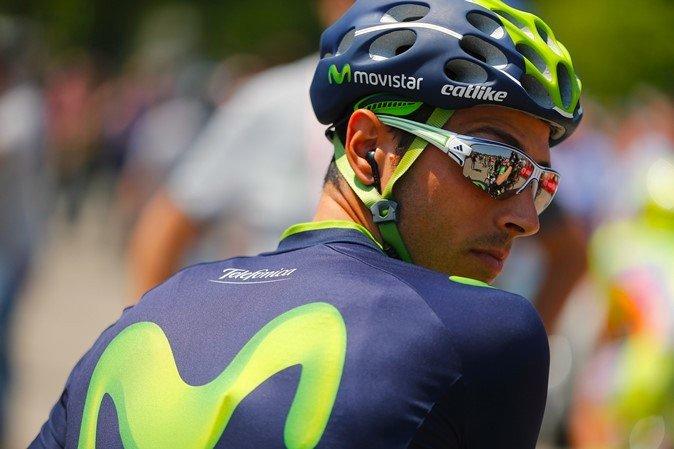 Adidas eyewear is the choice of Tour de France cycling team Movistar. Photo from http://www.opticianonline.net/