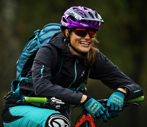 "Adidas athlete Steffi Marth models the new Evil Eye Evo Pro to demonstrate what ""full wrap-around eyewear"" actually means (what I call ""lizard eyes""). Photo from http://www.pinkbike.com/"