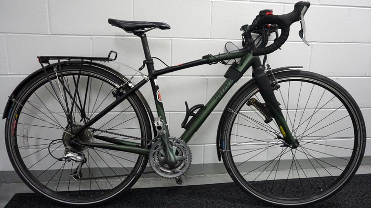 How to set up a commuter bike. My current commuter bike, which is an adapted Specialized Tricross