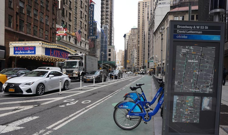 Despite the cold weather we noticed that most of the Citi Bike bike share stations we passed in New York were usually empty or nearly empty.