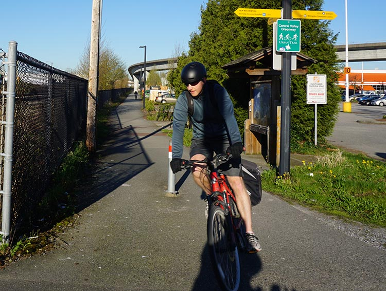 Top ten tips for bike commuting. When you first start bike commuting, make sure you are very clear on your route. 10 most important things tips for bike commuting
