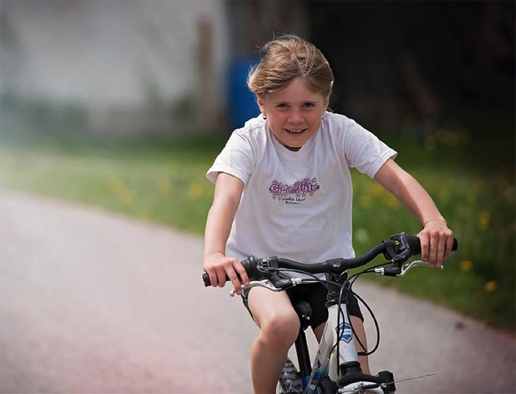 it's easier than you might think to get your kids active. How to Get Kids Active