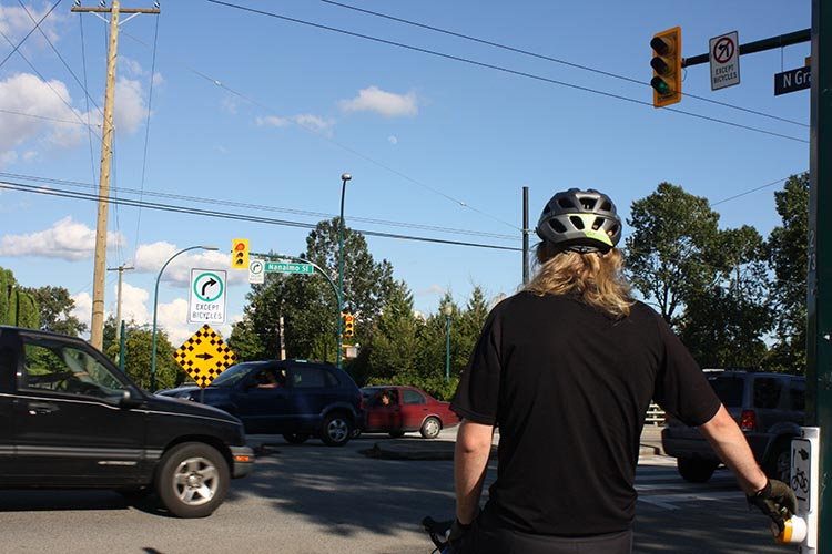 Drivers on Nanaimo street sometimes run the fairly new pedestrian lights, so make sure everyone is stopped before you shove off.
