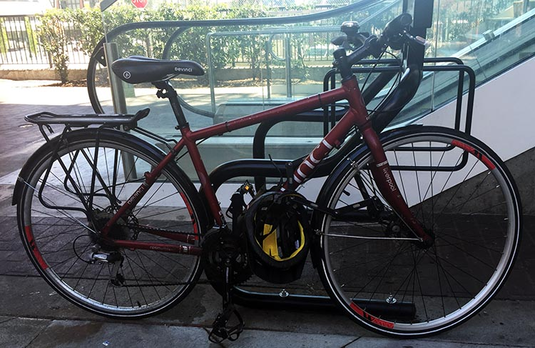 All bike companies offer a range of similar bikes at different price points. For example, this Devinci Liverpool is also a hybrid Devinci, and a great bike - but it's cheaper than the Devinci Sidney pictured above it because it has cheaper component parts. How to Choose the Right Type of Bike - Beginner's Guide
