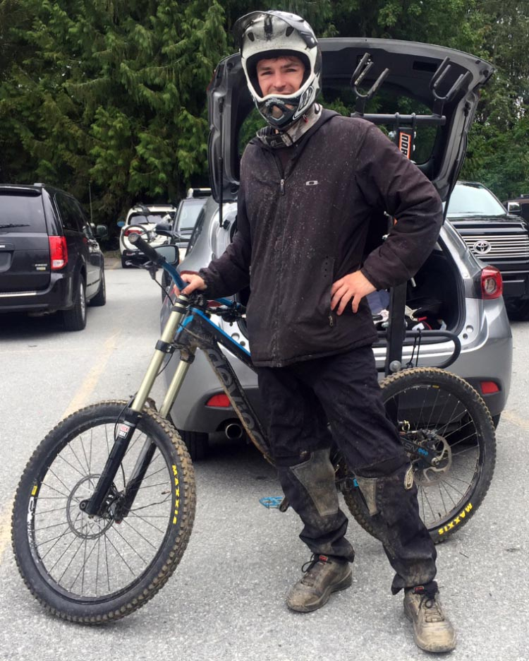 Full suspension mountain bikes like this one (shown with its proud owner, Steven) often weight around 40 pounds. You need a tough bike rack for bikes like this. Thule 9032 Easy Fold Bike Rack review