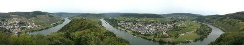Panoramic view of the Mosel River