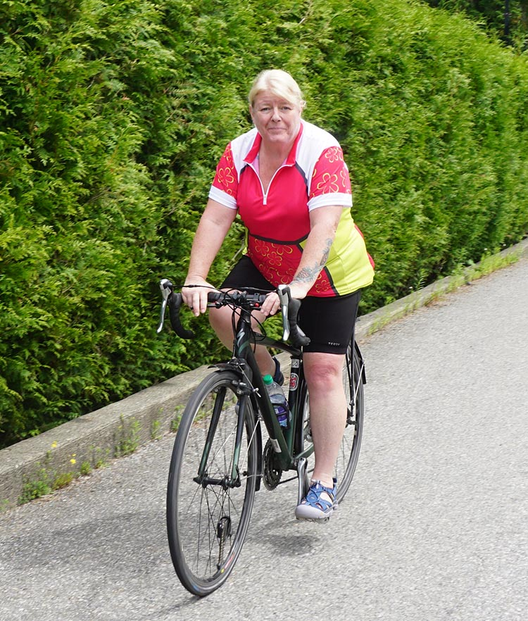 Review of Plus Sized Cycling Gear by Mrs. Average Joe Cyclist. These are the plus sized cycling clothes I am reviewing in the post