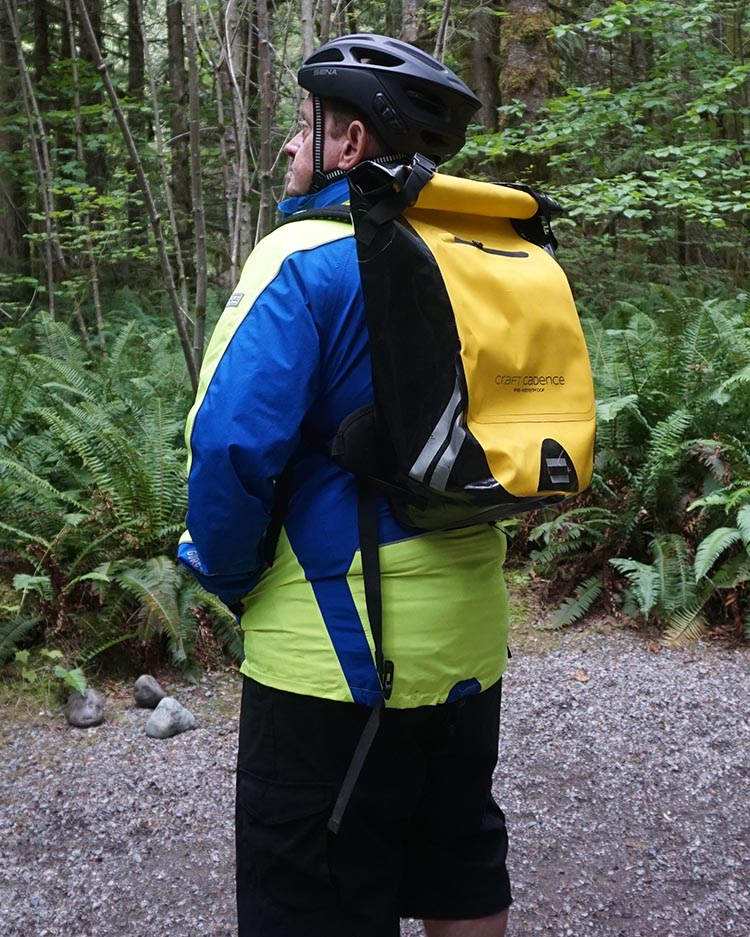 Here's me wearing the Craft Cadence cycling backpack!