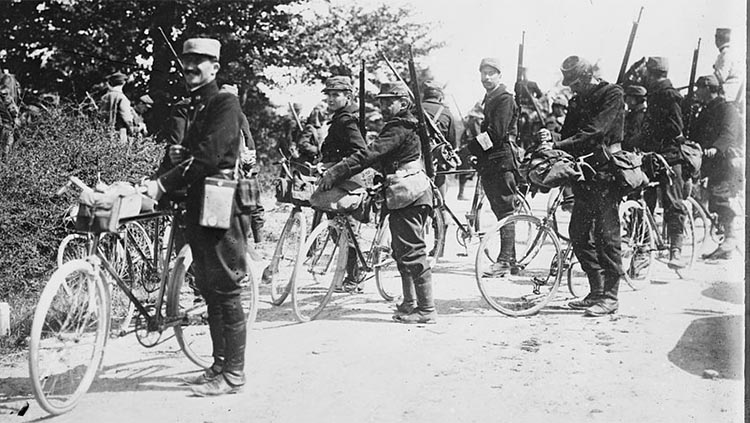 French soldiers with their bicycles near the beginning of World War I (Photo: George Grantham Bain Collection, Library of Congress)