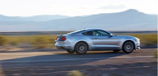 2015-ford-mustang_100448864_l