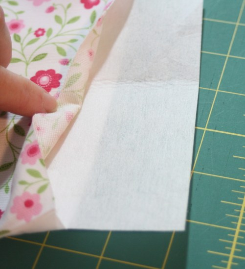 Sewing tutorial for making phone charging station 23