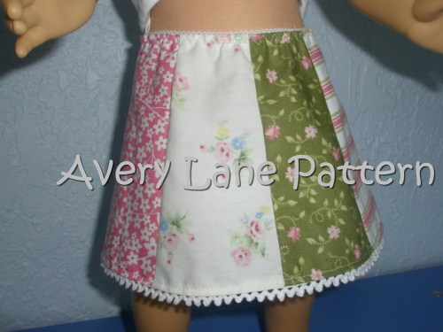 Country Skirt for American Girl Dolls AveryLaneSewing.com