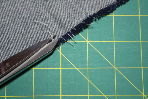 frayed hem tutorial Sew in Style - Make Your Own Doll Clothes 7