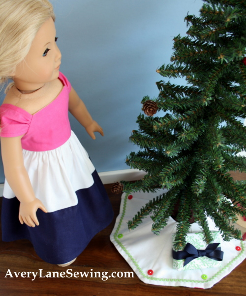 Too Cute Doll Sewing Magazine mini tree skirt tutorial blog sew along 1a