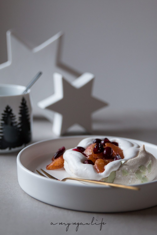 Vegan Pavlova, Christmas