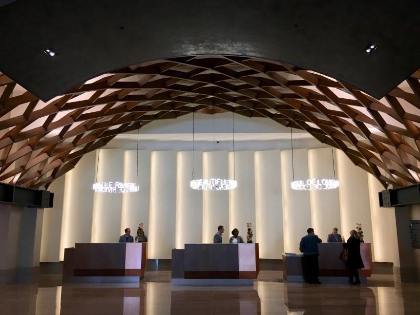 omni louisville hotel lobby