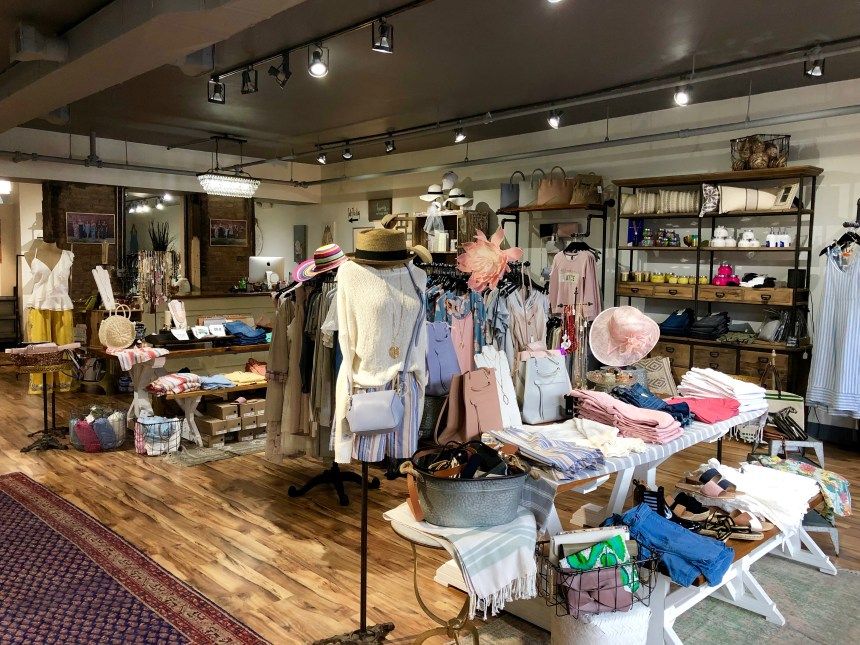six sisters boutique nulu louisville kentucky