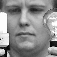 Энергосберегающая лампочка - что экологичнее?