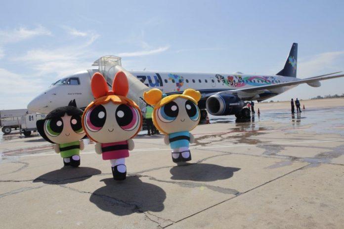 , Azul e Cartoon Network lançam aeronave personalizada de As Meninas Superpoderosas, Portal Aviação Brasil