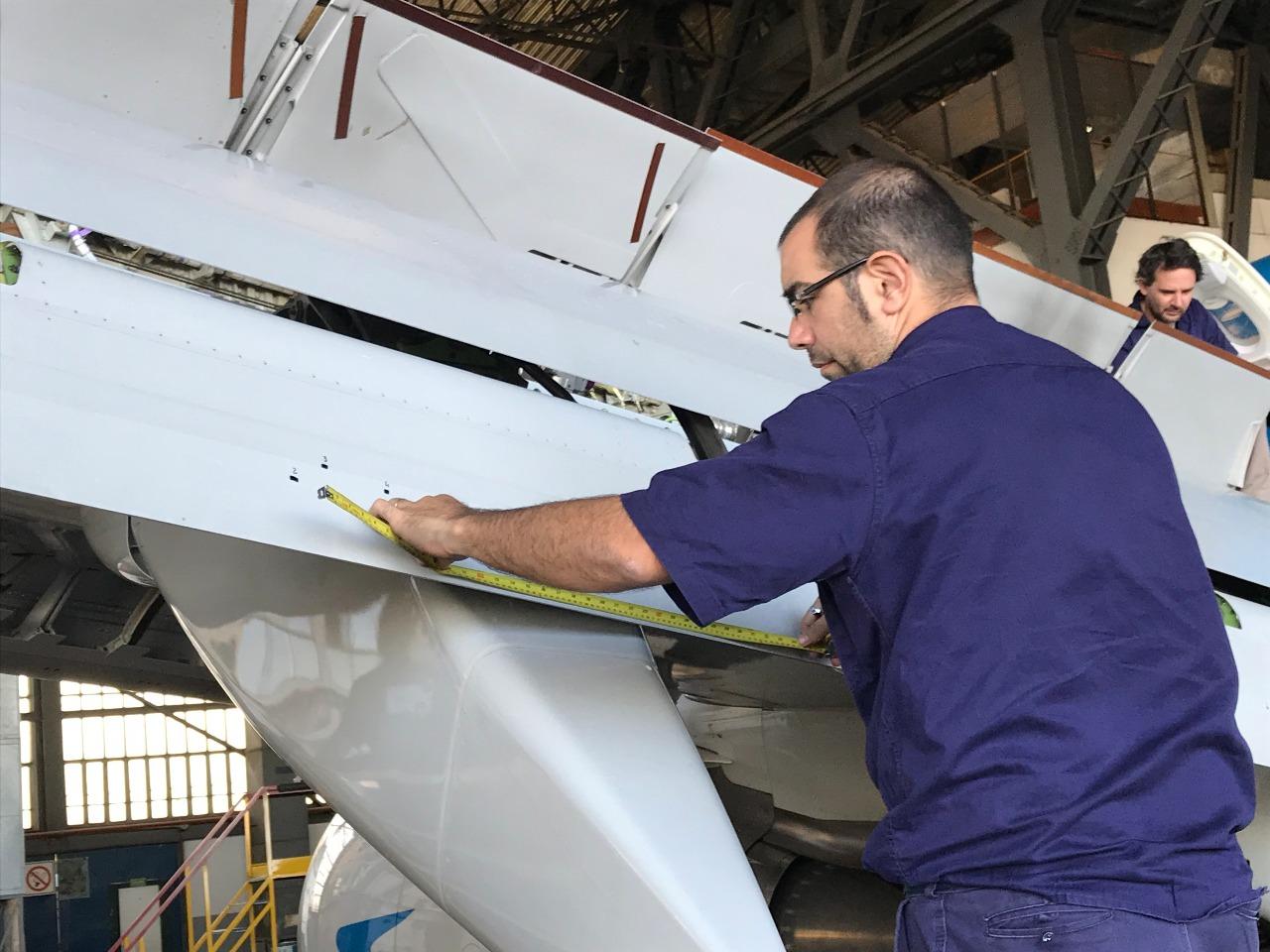 Resultado de imagen para aerolineas argentinas reparación Boeing 737