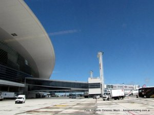 Aeropuerto Int. Carrasco - Montevideo (Foto: Edgardo Gimenez Mazó)