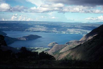 lake_toba_indonesia_aerial