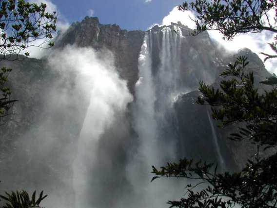 CASCATA DE ANGEL - I