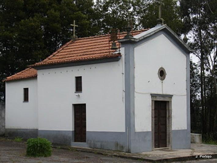 Capela do Forte, dedicada ao Senhor do Calvário. Fot de J.Portojo (a vida em fotos)