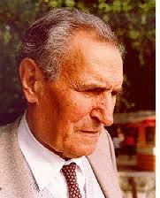 (1907 - 1995)