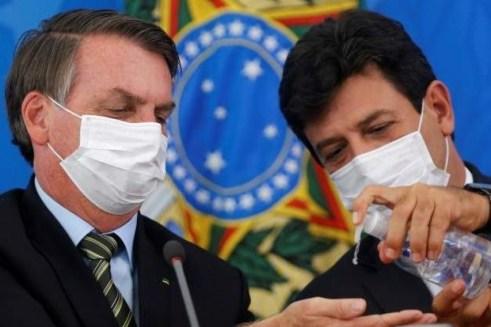 77 Bolsonaro despede o ministro de saúde