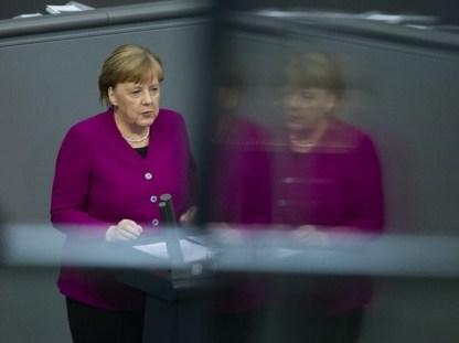 88 Merkel fala para adultos Macron para crianças 1