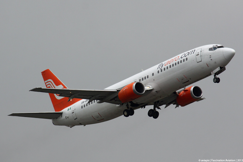 Aero - B737-400 - 5N-BIZ (copyright Fascination Aviation)