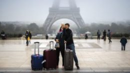 Paris expects most successful tourism growth in 10 years 37