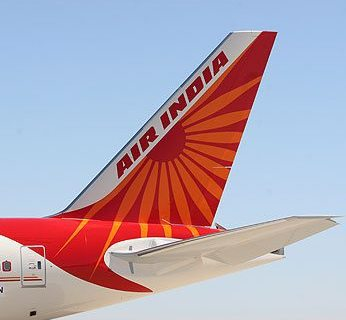 Air India cabin supervisor slaps junior for serving wrong meal 6