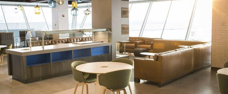 Alaska Airlines opens new airport lounge at New York's JFK 3