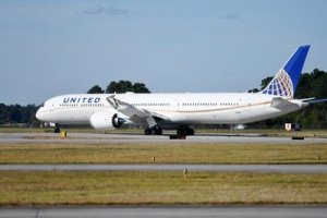 United Airlines welcomes Boeing 787-10 to its fleet
