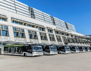 Mission accomplished – bus fleet at Stuttgart Airport fully electric!
