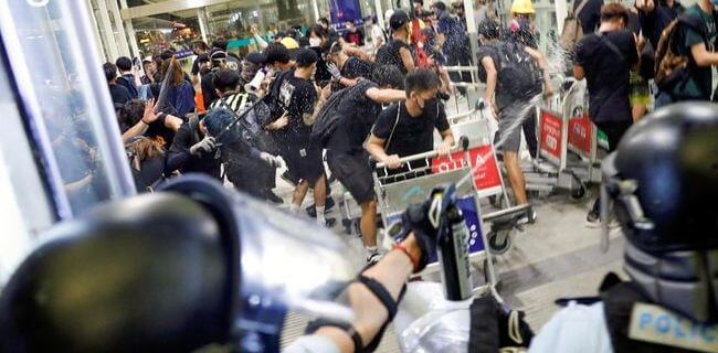 Hong Kong Protests: A day of grief coming on Tuesday? 11