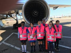 United Airlines promotes career opportunities for women on Girls in Aviation Day