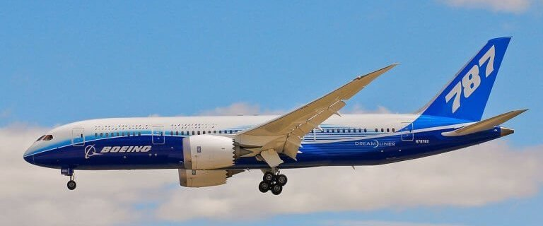 China Aircraft Leasing Group receives its first Boeing 787 Dreamliners 8